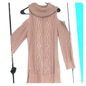 Long cold shoulder sleeve knit sweater